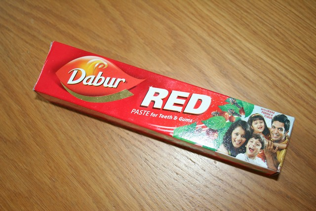 Zubní pasta DABUR RED 200g